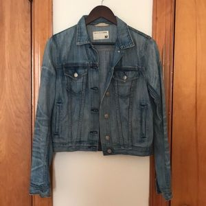 Rag & Bone Denim Jacket. Size Medium.
